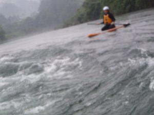 吉野川をサップで川下